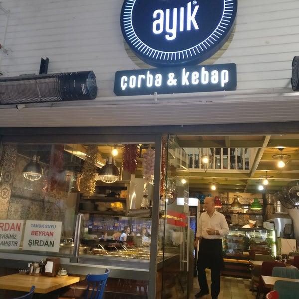 Foto scattata a Ayık 24 Kadıköy da Mazen I. il 6/7/2019