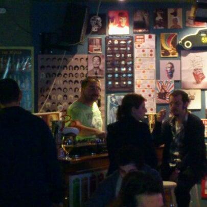 2/24/2013 tarihinde Emrah F.ziyaretçi tarafından Social Pub'de çekilen fotoğraf