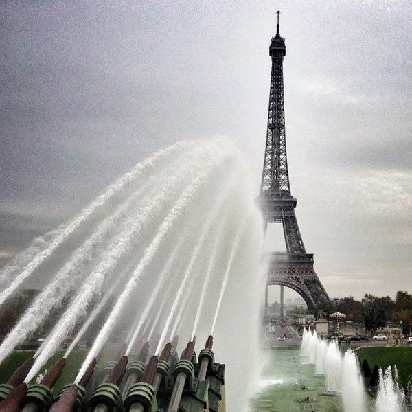 Photo prise au Place du Trocadéro par Bois H. le11/10/2012