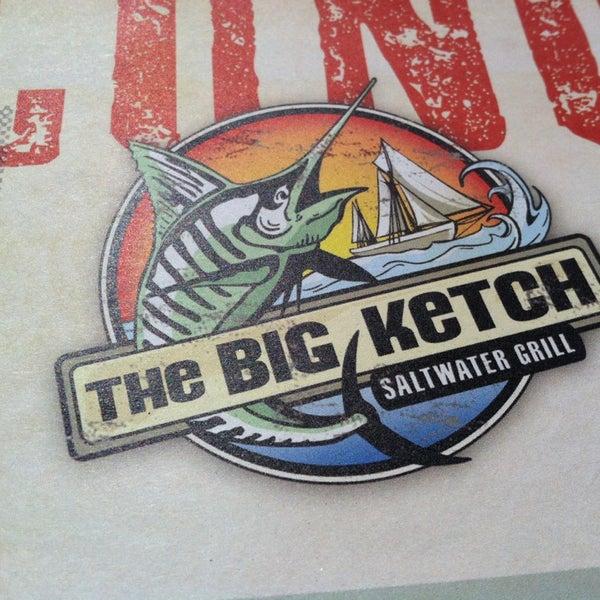 Foto tirada no(a) The Big Ketch Saltwater Grill por Hayden R. em 3/16/2013