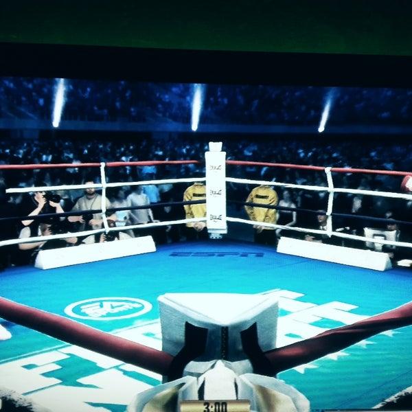 Foto scattata a Bandırma KING Playstation da Alper T. il 10/27/2017