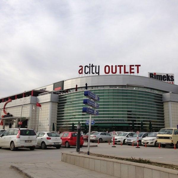 Das Foto wurde bei ACity Premium Outlet von Ali T. am 2/4/2013 aufgenommen