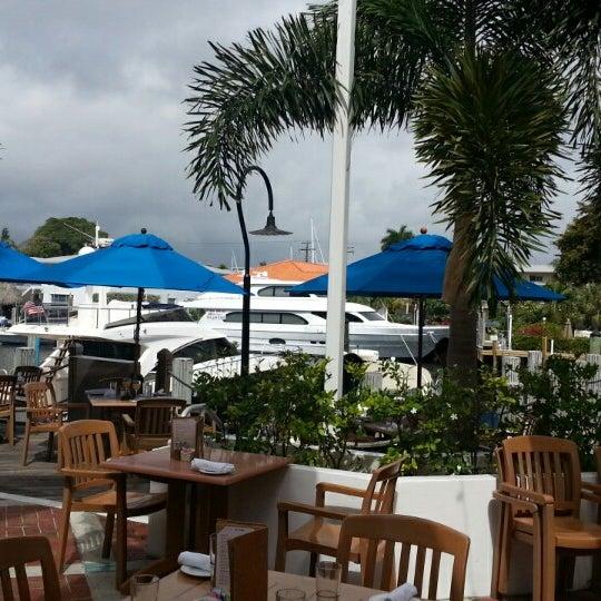 Photo prise au Bimini Boatyard Bar & Grill par Jennifer S. le3/1/2015