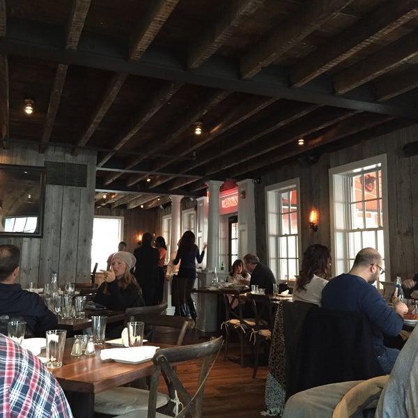 1/24/2015에 Jenny K.님이 The Spotted Horse Tavern에서 찍은 사진