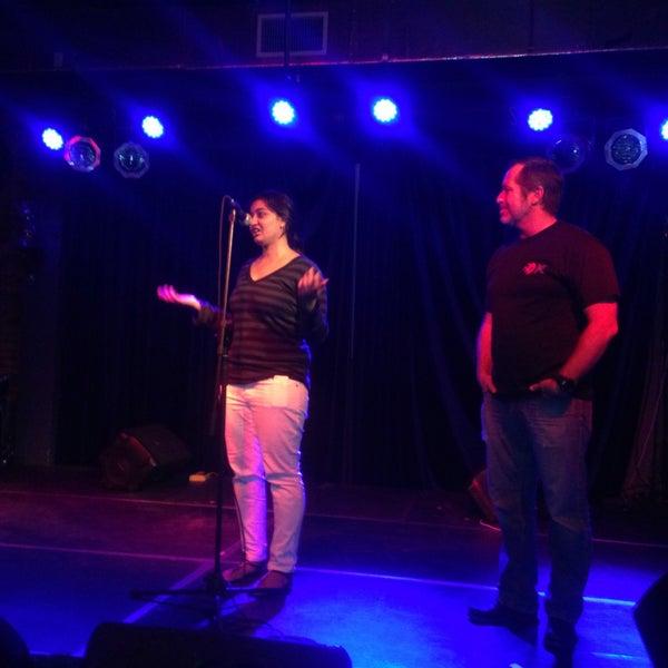 3/29/2015 tarihinde Livaziyaretçi tarafından The Stage'de çekilen fotoğraf