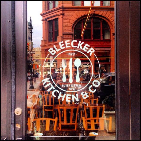 Das Foto wurde bei Bleecker Kitchen & Co. von Niña D. am 4/6/2015 aufgenommen