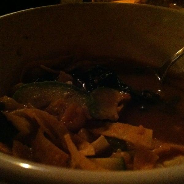 Foto tomada en Southridge Seafood Grill por Matthew O. el 1/16/2013