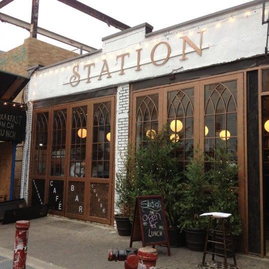 10/25/2012 tarihinde Christine W.ziyaretçi tarafından Station'de çekilen fotoğraf