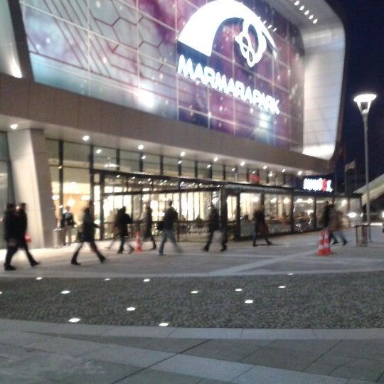 Снимок сделан в Marmara Park пользователем Ecem K. 2/1/2013