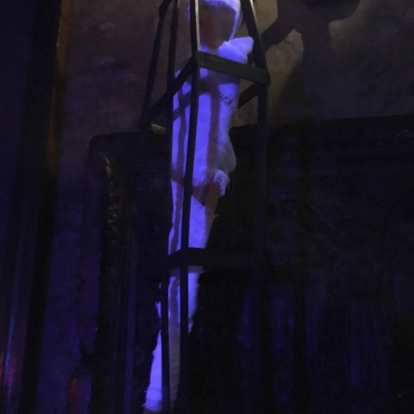 10/31/2016에 Jules M.님이 Salvage Bar & Lounge에서 찍은 사진