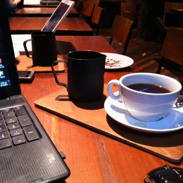 Foto diambil di Brew Lab Coffee oleh Giannis L. pada 2/16/2013