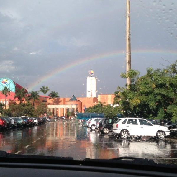 รูปภาพถ่ายที่ Shopping Iguatemi โดย Daisy J. เมื่อ 4/8/2013