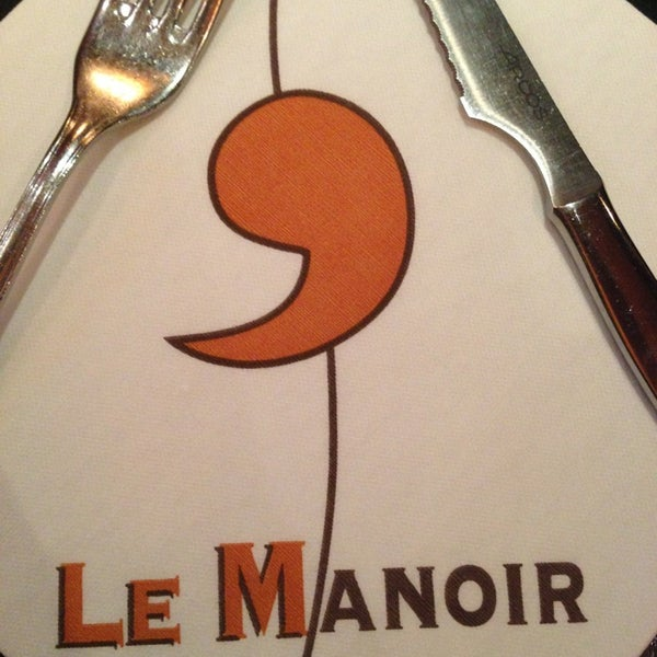 Photo prise au Le Manoir par Robbi H. le3/25/2013
