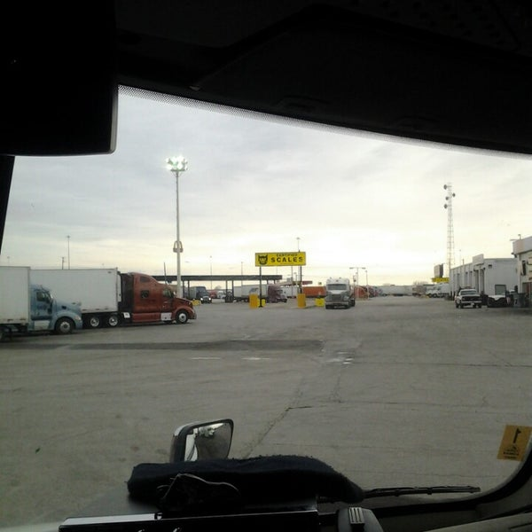 Ta Truck Service >> Photos At Ta Truck Service Shop Building