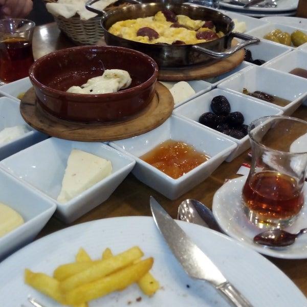1/4/2019 tarihinde Merve G.ziyaretçi tarafından Has Konya Mutfağı'de çekilen fotoğraf