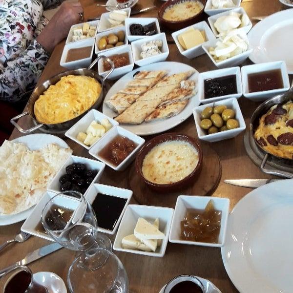 9/12/2018 tarihinde Merve G.ziyaretçi tarafından Has Konya Mutfağı'de çekilen fotoğraf