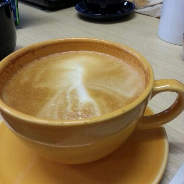 Foto tirada no(a) Accelerando Coffee House por Christian B. em 4/27/2013