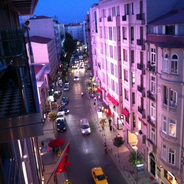 5/24/2013 tarihinde Gokhan A.ziyaretçi tarafından City's Mahalle'de çekilen fotoğraf