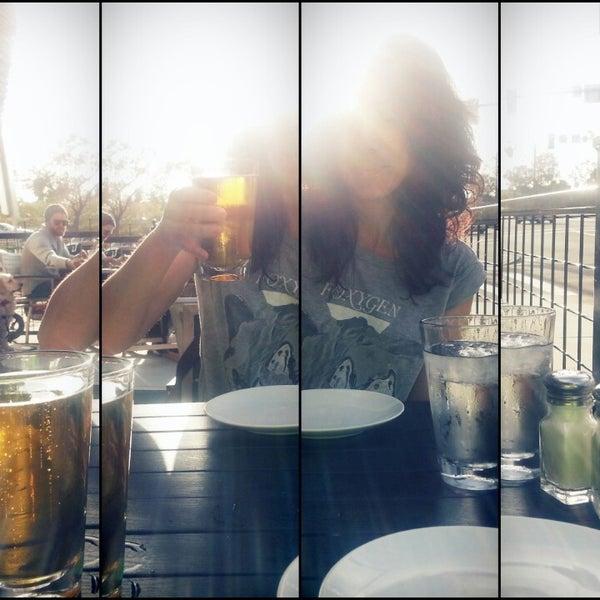 รูปภาพถ่ายที่ The Haven Pizzeria โดย John D. เมื่อ 4/2/2013