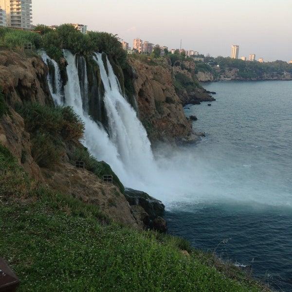 7/14/2013 tarihinde Tugçe K.ziyaretçi tarafından Düden Şelalesi'de çekilen fotoğraf