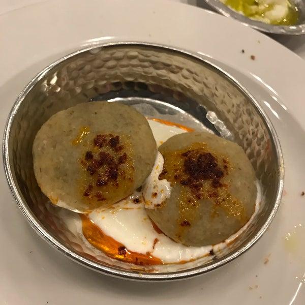 Foto diambil di Seraf Restaurant oleh Feyyaz Bartin pada 8/31/2019