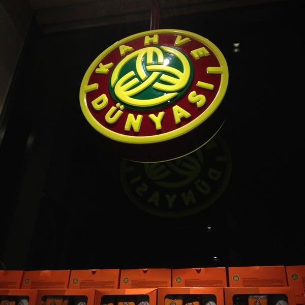 Foto tomada en Kahve Dünyası por NIAGARA el 2/1/2013