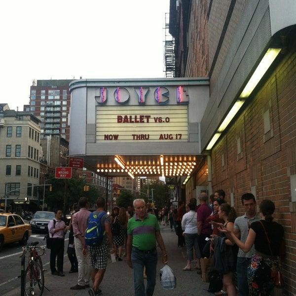 Photo prise au The Joyce Theater par Candice T. le8/6/2013