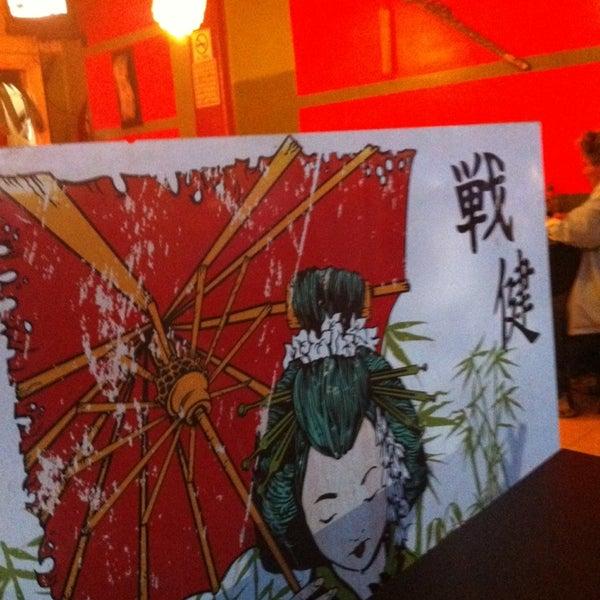 Foto diambil di Sushi Washoku oleh Memo G. pada 6/4/2014