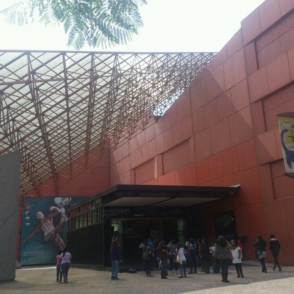 รูปภาพถ่ายที่ Universum, Museo de las Ciencias โดย Fernanda P. เมื่อ 5/15/2013