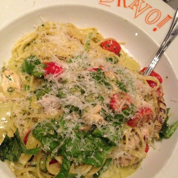 Das Foto wurde bei BRAVO! Cucina Italiana von Omar S. am 7/21/2013 aufgenommen