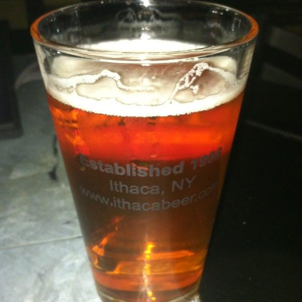 Photo prise au Buddha Beer Bar par Douglas Q. le10/12/2013