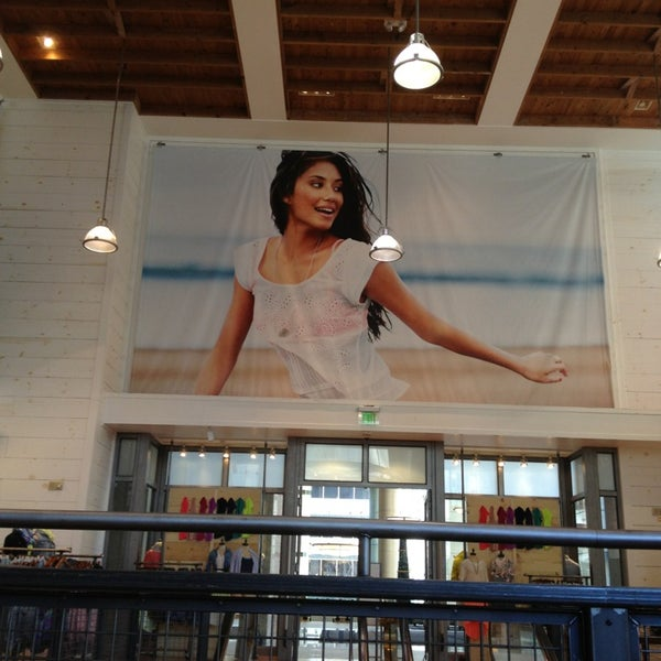 Photos At Aeo Aerie Store Seattle Central Business District 7 Tips