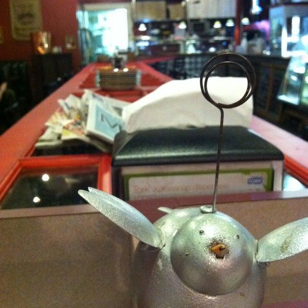 1/26/2013에 Hollie N.님이 Silverbird Espresso에서 찍은 사진