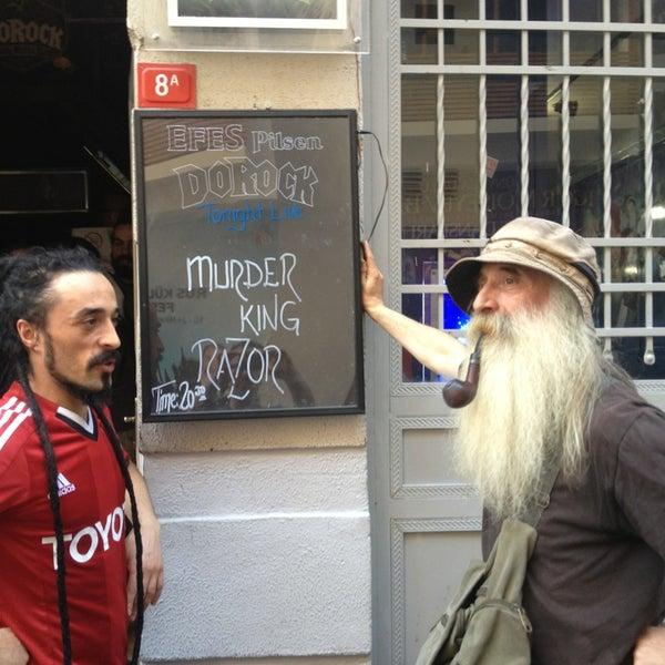 5/25/2013 tarihinde Münir A.ziyaretçi tarafından Dorock Heavy Metal Club'de çekilen fotoğraf
