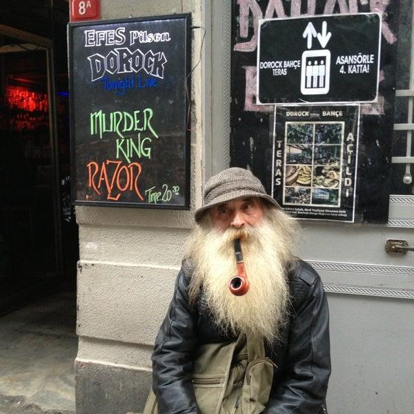 3/30/2013 tarihinde Münir A.ziyaretçi tarafından Dorock Heavy Metal Club'de çekilen fotoğraf
