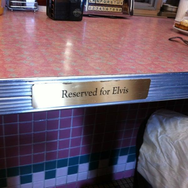 Foto tirada no(a) Rosie's Diner por April C. em 1/20/2013
