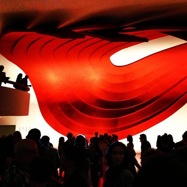 5/1/2013에 Ronan P.님이 Auditório Ibirapuera Oscar Niemeyer에서 찍은 사진