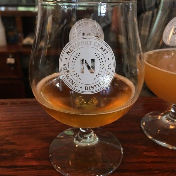 Das Foto wurde bei Newport Storm Brewery von Crim T. am 7/28/2019 aufgenommen