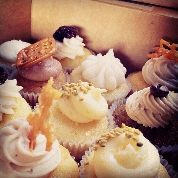 รูปภาพถ่ายที่ Prohibition Bakery โดย Mariana L. เมื่อ 8/2/2014