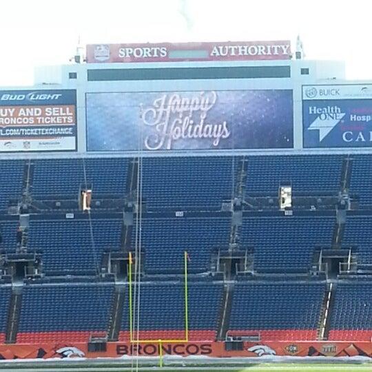 Foto diambil di Broncos Stadium at Mile High oleh Margo W. pada 12/20/2012