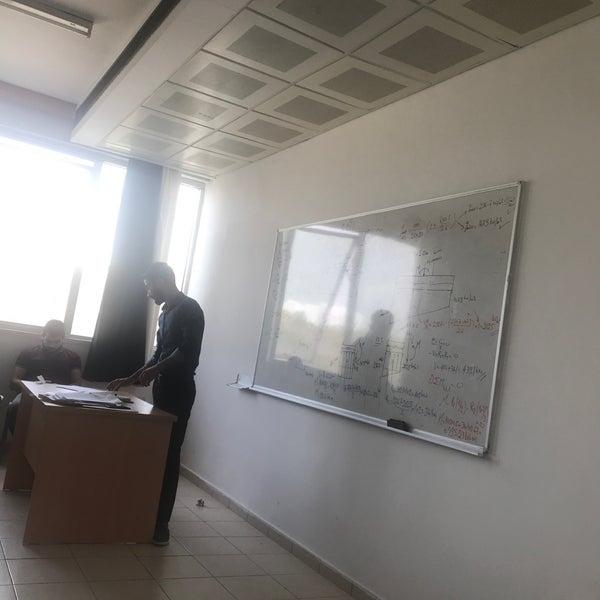 10/18/2018 tarihinde Tolga Miğferziyaretçi tarafından Eğitim Sarayı'de çekilen fotoğraf