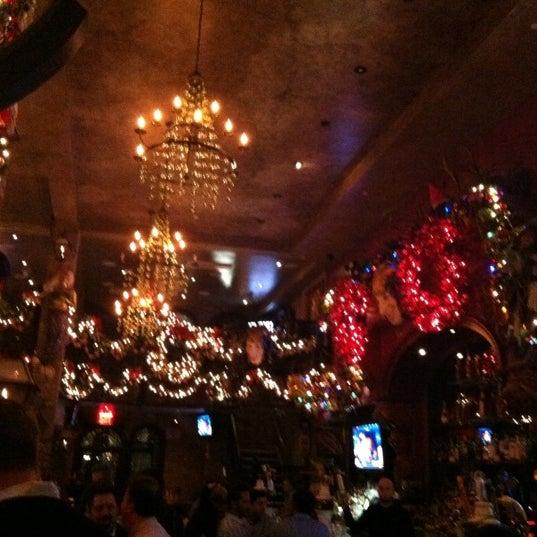 Foto tirada no(a) Bourbon Street Bar & Grille por Tiffany L. em 12/10/2012