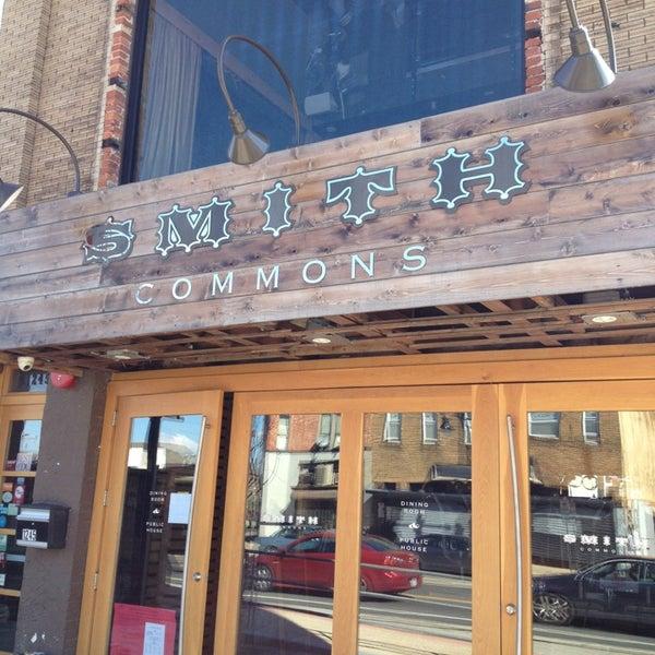 Foto scattata a Smith Commons da Russ P. il 4/2/2013
