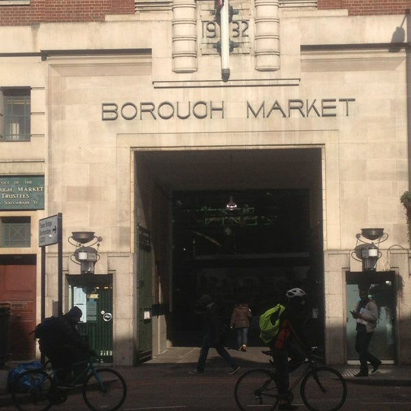 Foto tirada no(a) Borough Market por Lucky T. em 3/13/2013