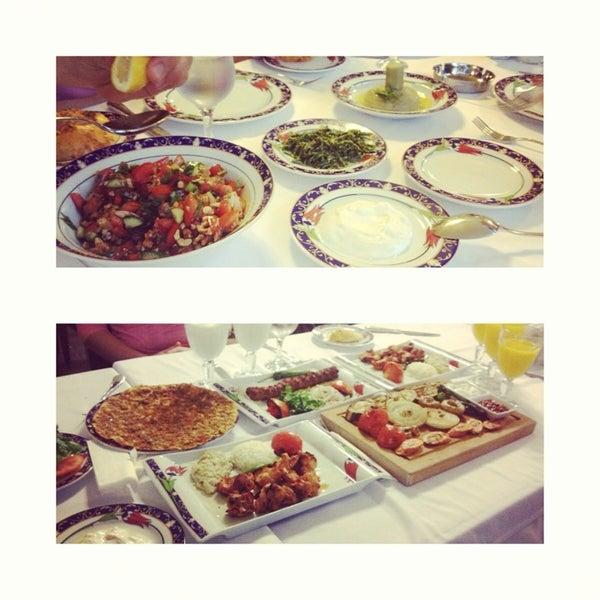5/1/2013에 Batonavna E.님이 Ramazan Bingöl Et Lokantası에서 찍은 사진
