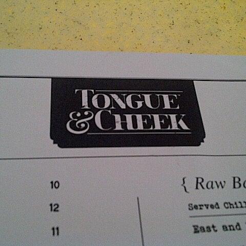 Foto tomada en Tongue & Cheek por Juliana G. el 6/8/2013