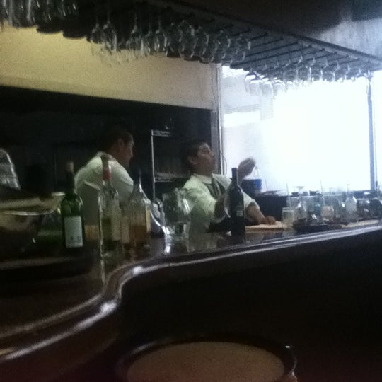 12/15/2012에 Cecilia N.님이 Restaurante Nicos에서 찍은 사진