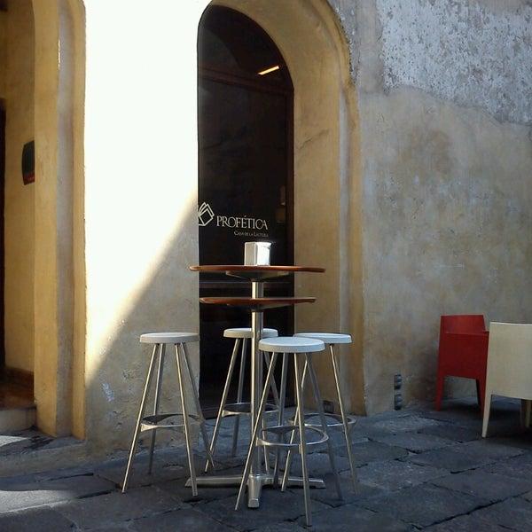 5/22/2013에 Alberto H.님이 Profética - Casa de la Lectura에서 찍은 사진