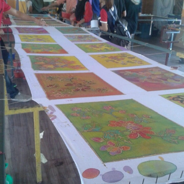 Fotos En Pusat Jualan Kraf Perbadanan Kemajuan Kraftangan Malaysia Caw Kelantan 2 Tips