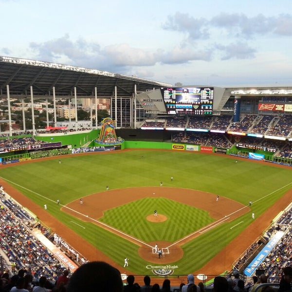 Marlins Park Baseballstadium In Miami